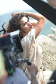 Behind the scene Come and Get It