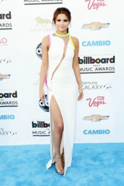 Selena Gomez au Blue Carpet