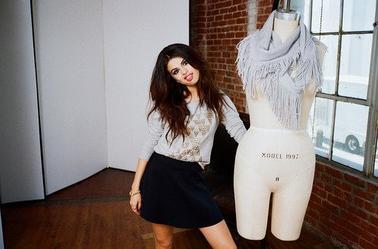 Nouvelles photos du photoshoot de Selena pour Adidas NEO