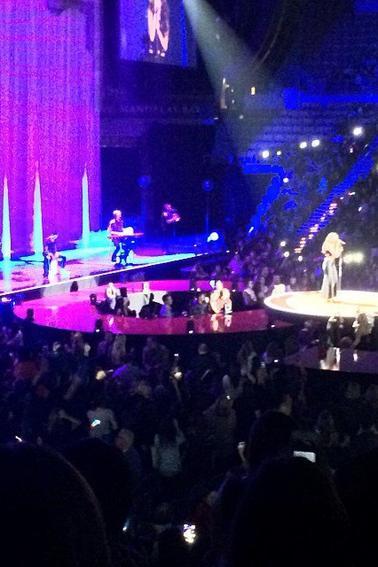 Selena perfomant à Las Vegas