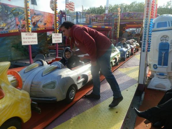 Première fête foraine ensemble, et je doit dire que Nathanaël a du faire toutes les voitures Cars qu'il devait y avoir ^^