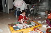 Noël 2013, un moment rempli d'émotion passer avec Lissa, Benois, Jonathan, Maëlys, Nathanaël et le lendemain Lucie-Anne et Julie. Trop de cadeaux et trop de photos, j'ai du restringue sur mon blog!!!