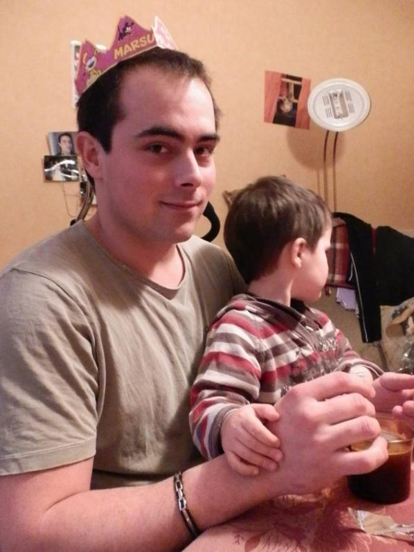 Jonathan et Nathanaël... et son premier pipi de grand comme on avait bien ris ce jour là :)