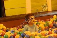 Frépertuis en famille, premier parc d'atraction ensemble et voir meme pour les enfants ^^ c'était genial mais ca serai mieux de pouvoir y retourner avec un soleil crevant, vu que c'est beaucoup de manège a eau!