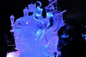 Mr Ohh, Alice, la Reine, le Lapin, Jafar, Minnie, toute la compagnie Disney légende, le Géni