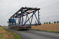 Remontage de la Terex TC 2800-1 grue à mat trellis sur camion 92 T poids total roulant  84m de haut  pouvant lever 600T