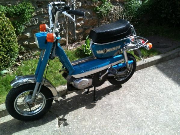 GL10 version bleue