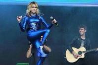 photos exclusives ! Martina stoessel a la juntada tinistas du vendredi 2 mai !!