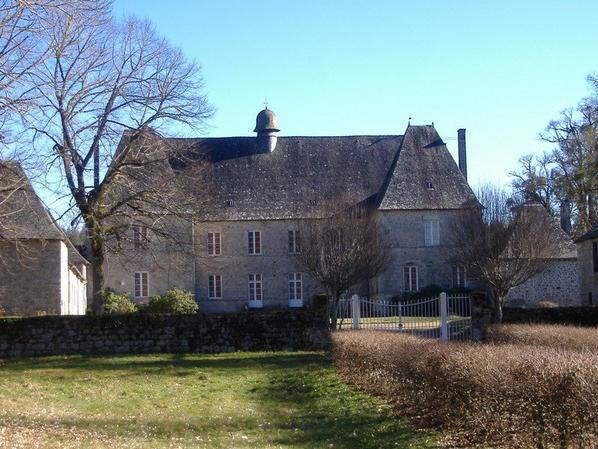 Le château du Lieuteret, à Darnets (Corrèze)