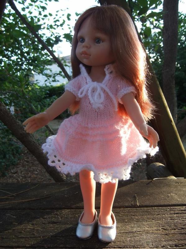 Petite robe en tricot.