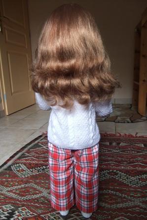 Ma poupée d'enfance a une nouvelle tenue pour l'hiver!