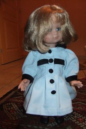 Emilie vous présente la robe d'octobre 1998!