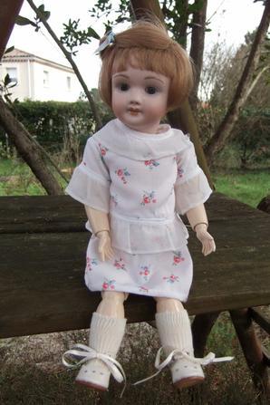 Bleuette et Rosette essaient de nouvelles petites robes d'été!