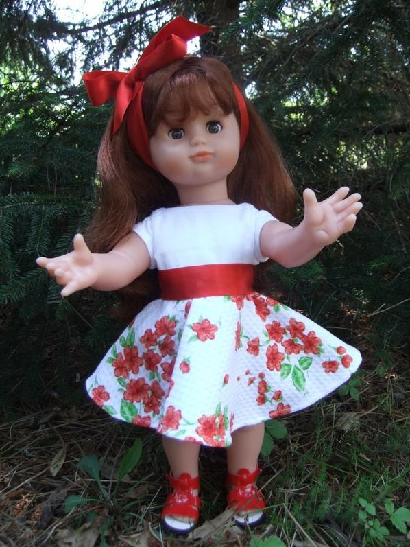 Une robe en piqué de coton pour Emilie!