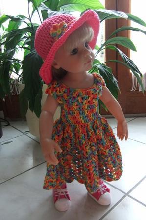 Hannah vous montre sa nouvelle robe!