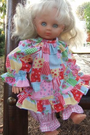 Célia et le pyjama de décembre 1992!
