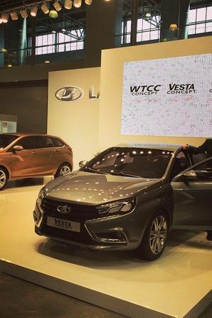 """AVTOVAZ à la convention """"ROAD 2015"""" et mauvaise nouvelle du FIA WTCC..."""