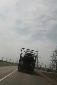 """Un camion entier de LADA VESTA sur la route et de nouvelles photos """"intimes"""" !!!"""