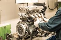"""AVTOVAZ prêt pour le moteur 1.8 16V de 122 ch et la """"LADA VESTA Night"""" !!!"""