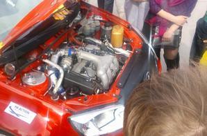 Nouvelle teinte métallisée rouge vif et visites touristiques chez LADA Sport !!!