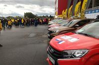 """Débuts difficiles en rallye-raid et départ de la parade """"LADA Rassemble"""" !!!"""