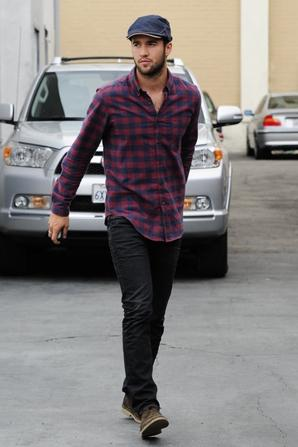 6/06/13: Joshua se promène à West Hollywood