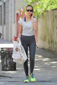 Irina Shayk aperçue dans les rues de New York  Le 30 Juillet 2013