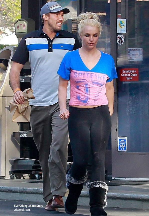 09/01/14: Britney Spears et son boyfriend David Lucado repérée dans les rues de Los Angeles