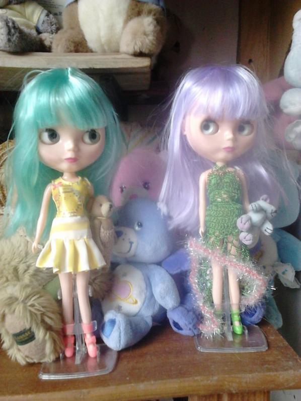 nouvelles blythes cheveux violets et bleu