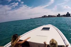 Ballade en mer avec les copines  .........