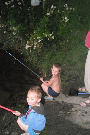adeline robin avec leurs cousin cousine (stephane emma caroline emerick)