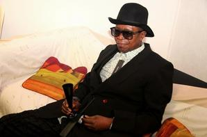 "Modogo ""Gian franco ferre Carrerra Mfumu Mputu"" PLAYBACK IN TOULOUSE SOIREE FESTIVAL DE CANNES"