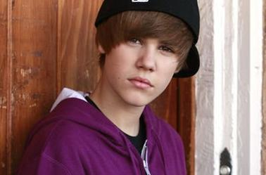 "Photoshoot de Justin pour le Magazine ""Bop and Tiger"" (2010) (16 ans)"