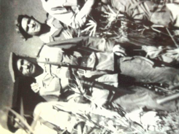 mon grand père et ces amies lors de la guerre de libération