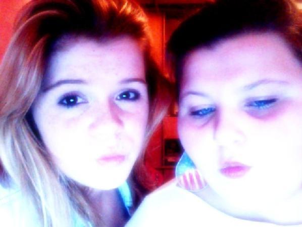 ma cousine et moi :)