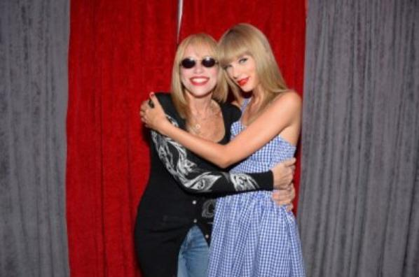 Taylor et Carly simpson