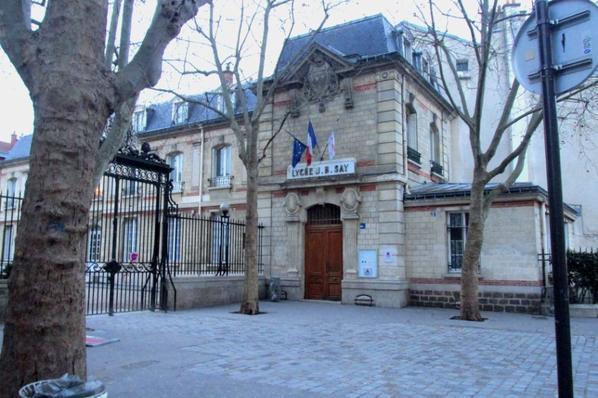 """Lieu de tournage du film """"Lol"""": Lycée Jean Baptiste Say."""