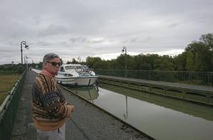13 AOUT 2017 - PONT-CANAL MECANIQUE DE BRIARE (LOIRET)