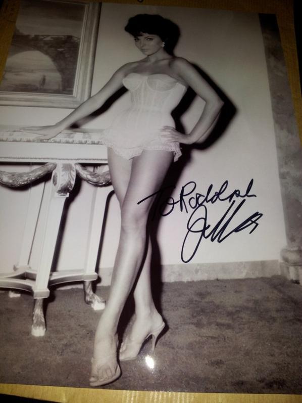 Joan Collins (La Terre des pharaons, Bravados, Dynastie)