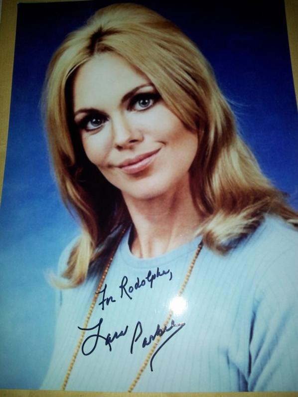 Lara Parker (Dark Shadows la série, Course contre l'enfer, Night of Dark Shadows)
