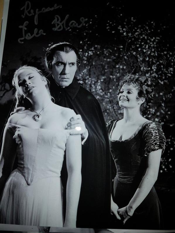 Isla Blair (Une messe pour Dracula, Le train des épouvantes, La puce à l'oreille)