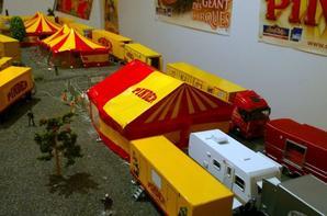 Tente des éléphants cirque Pinder 2014! Nouvelle Déco!