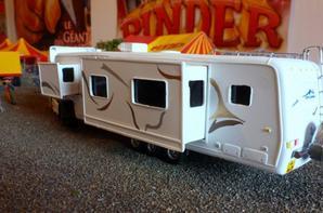 Nouvelle caravane travel supreme artiste cirque pinder