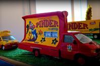 Installation de la nouvelle maquette Pinder!  Etape 9! Service Pub