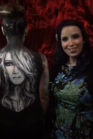 """Vanessa et Alexandra Bastien qui est """"Artiste Body Painter"""" ont préparé une belle surprise à Céline ... hier soir le 31/05/17"""