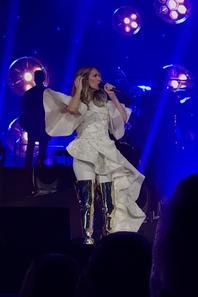 Céline avec sa 2ieme tenue