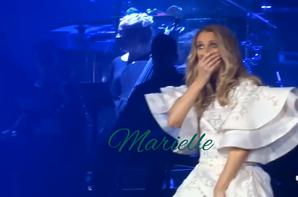 Moment hilarant : en parlant Céline a jeté à terre involontairement le micro ! 😂😅 1ere fois quelle fait tomber un micro dit elle !!!