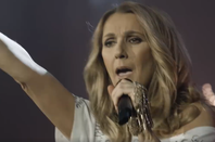 "Céline Dion hier soir ... Elle chante ici  ""i drove all night"""