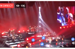 07/07/2017. Le spectacle est bon, les fans sont chaud , Céline a retrouver son micro a fil bref tout y était ! lol