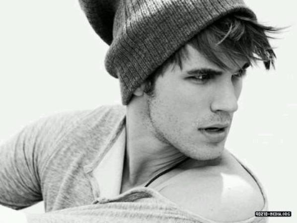 Personnage de Ma Fiction : Matt Lanter